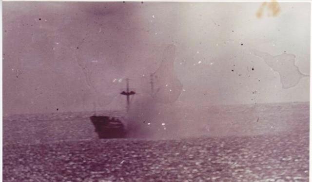 Tàu của Việt Nam bị trúng đạn