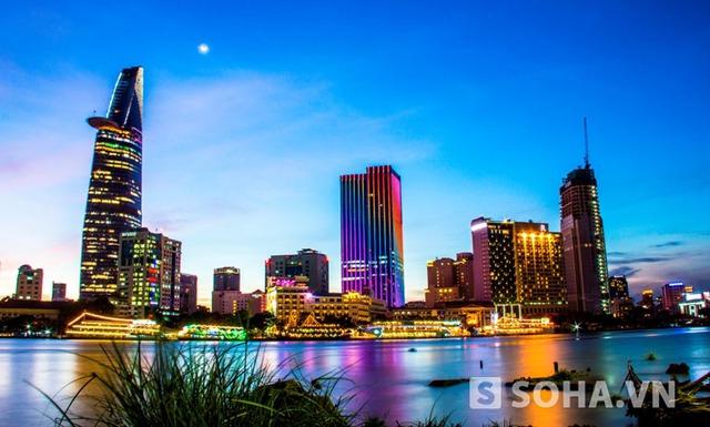 Những công trình cao tầng mang kiến trúc hiện đại liên tục mọc lên trên thành phố mang tên Bác