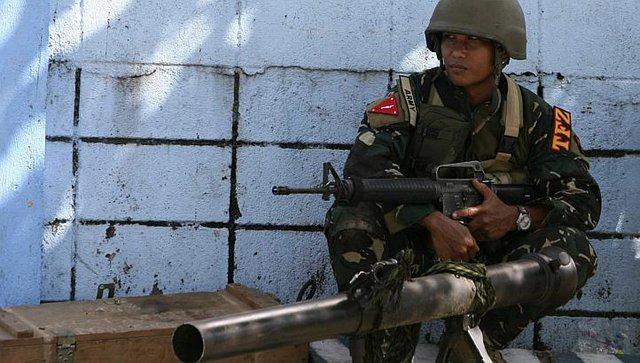 Súng không giật M67 của quân đội Philippines.
