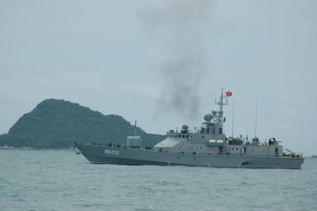 Tàu pháo TT-400TP của Việt Nam.