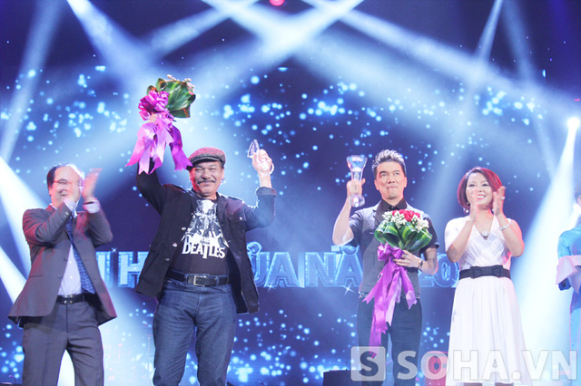Giải thưởng Bài hát yêu thích của năm là một sự động viên rất lớn đối với nam ca sĩ lắm chiêu.