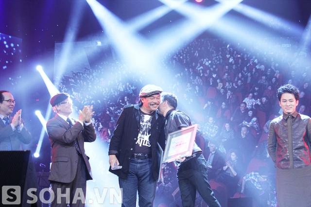 Anh vô cùng biết ơn nhạc sĩ Trần Tiến đã cho ra đời một ca khúc hay.
