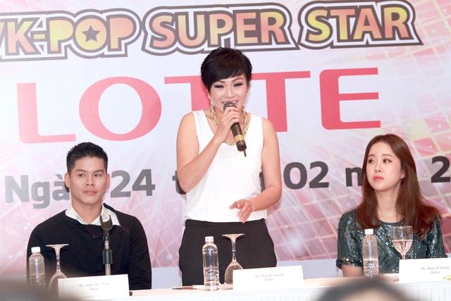 Phương Thanh trong buổi họp báo ra mắt chương trình đối thủ của The Voice.