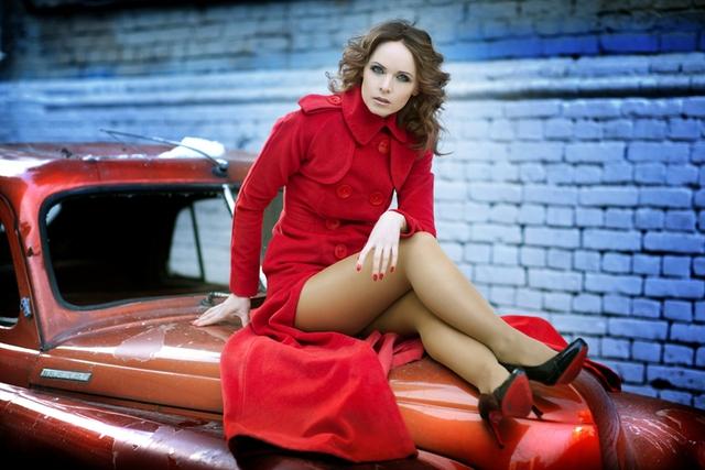 Yevhenia chụp ảnh cho một tạp chí.