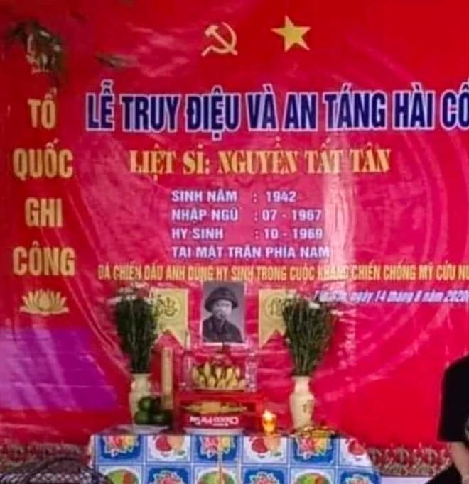 Xúc động cảnh Mẹ Việt Nam anh hùng 110 tuổi khóc nức nở khi đón nhận hài cốt con là liệt sỹ - Ảnh 4.