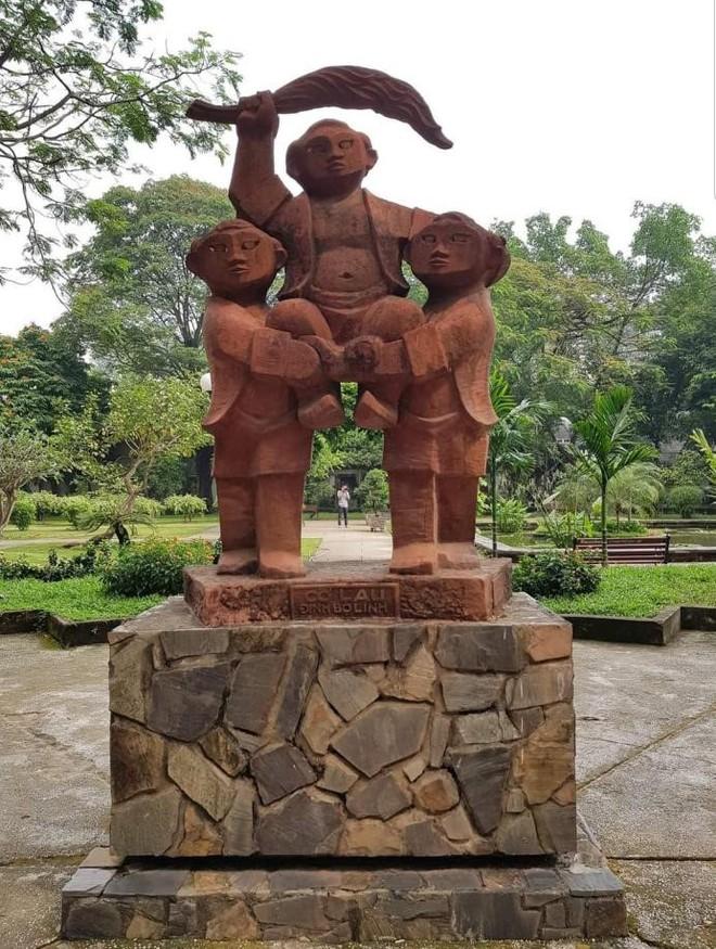 Vị vua Vạn Thắng quét sạch loạn quần hùng, đặt tên gọi kiêu hùng cho nước Việt - Ảnh 4.