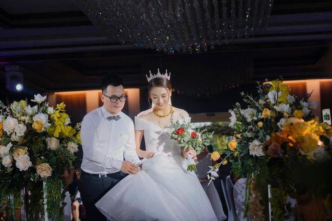 Chàng trai quyết tâm tỏ tình, xin cưới khi bạn gái tới rửa bát giúp 3 hôm - Ảnh 2.
