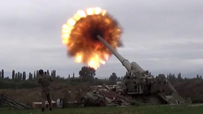 Ngừng bắn chưa ráo mực, Armenia và Azerbaijan đồng loạt tố đối phương tấn công - Nga sắp hết kiên nhẫn? - Ảnh 1.
