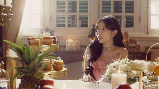 Lyly đầu tư lớn, mời Anh Tú diễn xuất trong MV tái xuất - Ảnh 7.