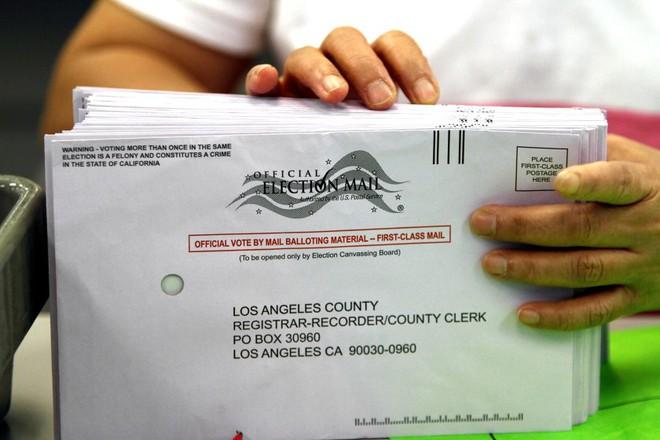 Thư từ nước Mỹ: Cơn khát quyền lực và ván cược thắng bằng mọi giá trong cuộc bầu cử tổng thống Mỹ - Ảnh 3.