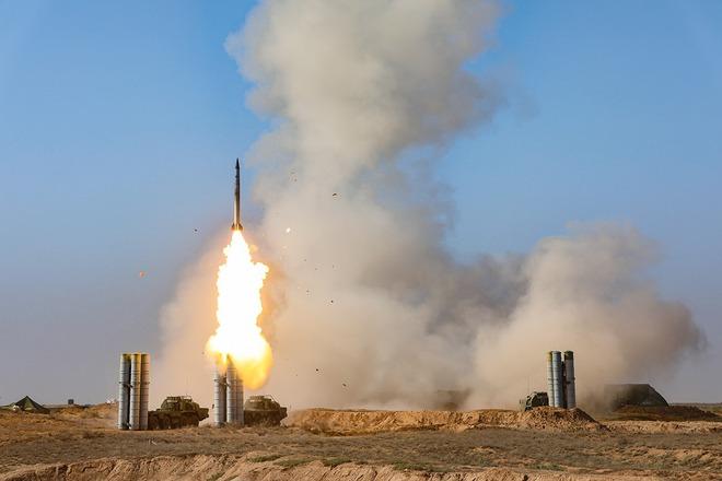 Tiêm kích tàng hình F-22, F-35 bị Iran săn đuổi, S-400 sẽ khiến người Mỹ ôm hận? - Ảnh 1.