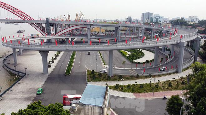 Cận cảnh cây cầu Cánh chim biển của thành phố Hải Phòng - Ảnh 4.