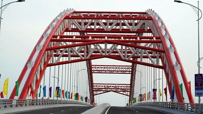 Cận cảnh cây cầu Cánh chim biển của thành phố Hải Phòng - Ảnh 5.