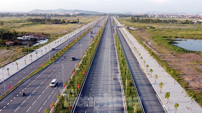 Cận cảnh cây cầu Cánh chim biển của thành phố Hải Phòng - Ảnh 8.