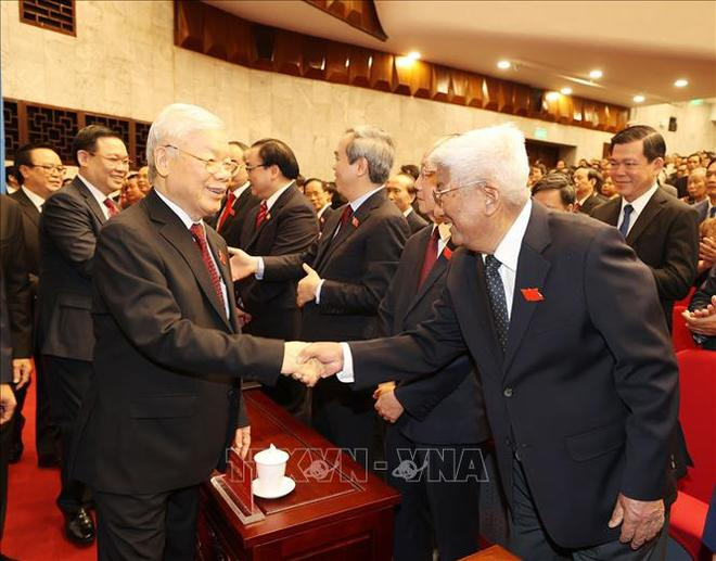 Tổng Bí thư, Chủ tịch nước Nguyễn Phú Trọng dự Đại hội đại biểu Đảng bộ thành phố Hà Nội - Ảnh 10.