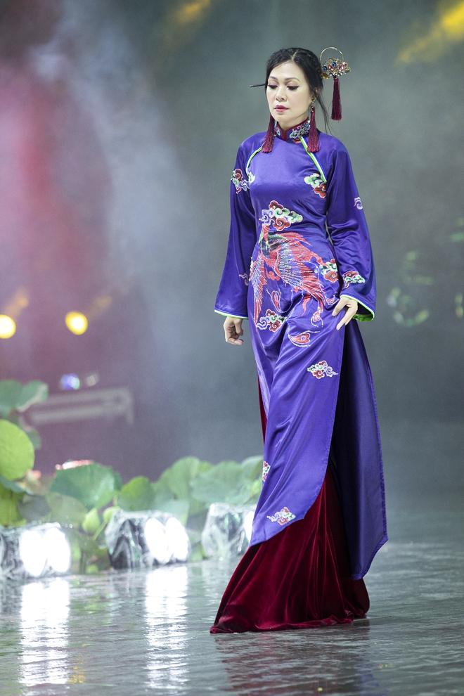 Á hậu Lý Kim Thảo làm nàng thơ của NTK Nhật Dũng - Ảnh 8.