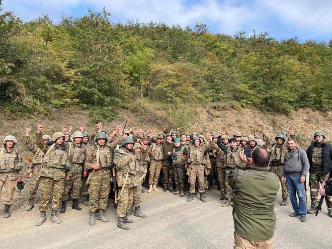 Tử chiến giành từng tấc đất ở Hadrut: Bước ngoặt trong xung đột Armenia - Azerbaijan? - Ảnh 8.