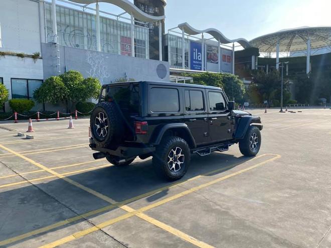 Tậu hàng khủng Jeep Wrangler Rubicon rồi bán sau 1 năm, chủ xe lỗ ngay 1 tỷ đồng dù mới chạy 7.000km - Ảnh 2.