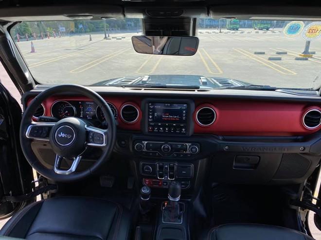 Tậu hàng khủng Jeep Wrangler Rubicon rồi bán sau 1 năm, chủ xe lỗ ngay 1 tỷ đồng dù mới chạy 7.000km - Ảnh 3.