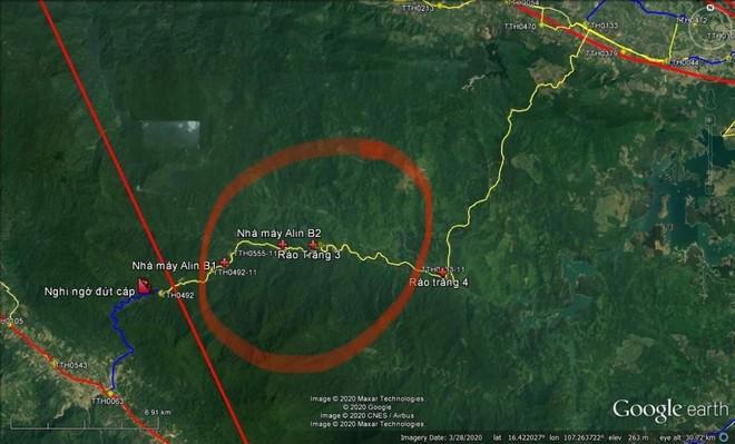 Sụt núi, Phó tư lệnh Quân khu 4 cùng đoàn cứu hộ bị mất liên lạc - Ảnh 2.