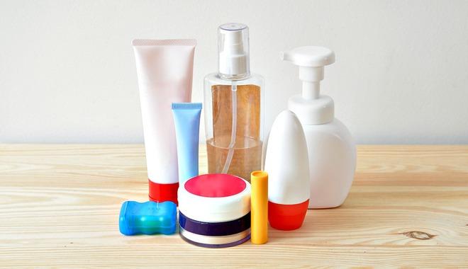 Nghiên cứu mới: Xác nhận 5 chất độc trong một số sữa tắm, dầu gội, tích lũy nhiều gây nguy cơ ung thư, sảy thai - Ảnh 2.