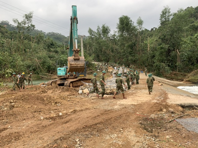 Không còn dấu vết của Trạm bảo vệ rừng 67 - nơi đoàn cứu hộ dừng chân Photo-1-16026841788331823647900