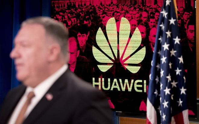 """Hé lộ cuộc họp buổi sáng mùa hè bắt đầu kế hoạch """"cắt"""" TQ khỏi chuỗi cung ứng của Mỹ"""