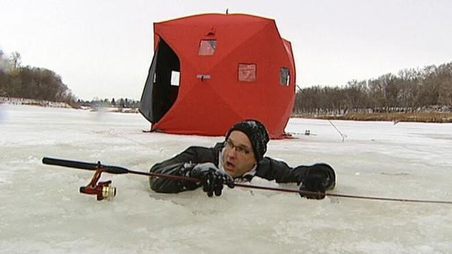 Xe ô tô chìm dưới nước, bạn chỉ có 1 phút để làm điều này nếu muốn sống sót - Ảnh 6.