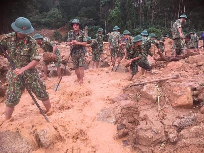 Đã xác định được vị trí 13 cán bộ, chiến sĩ gặp nạn tại trạm kiểm lâm 67 - Ảnh 1.