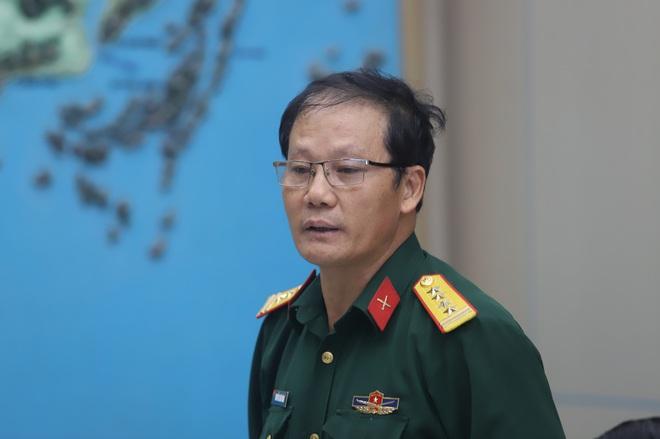 TS Mai Văn Khiêm: Áp thấp nhiệt đới vào Biển Đông, miền Trung chịu thêm những trận mưa lớn - Ảnh 2.