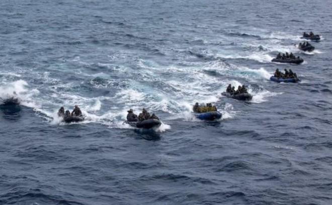 Thiếu tướng Nhật Bản: Để ngăn Trung Quốc chiếm đảo, Tokyo cần sở hữu hai pháp bảo - Ảnh 1.