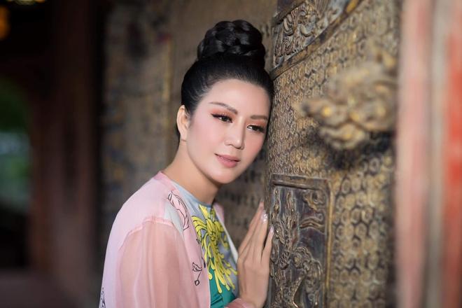 Thanh Lam, Bằng Kiều tham dự đêm nhạc từ thiện của Đinh Hiền Anh - Ảnh 1.