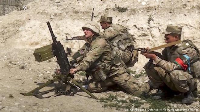 Chiến sự Armenia-Azerbaijan: Chết như ngả rạ, lính đánh thuê Syria đồng loạt buông súng - Ảnh 1.