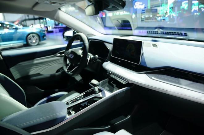 Soi nội thất ô tô hạng sang trang bị cả tá công nghệ, giá rẻ hơn Honda City ở Việt Nam - Ảnh 6.