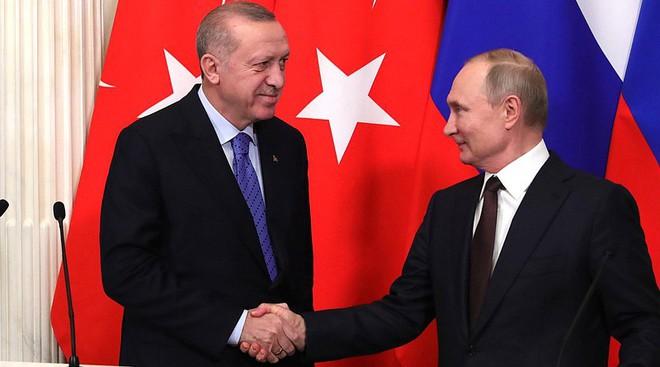 Nga sẽ không để TNK làm mưa, làm gió ở chiến sự Armenia-Azerbaijan: Đó là sự phỉ báng! - Ảnh 1.