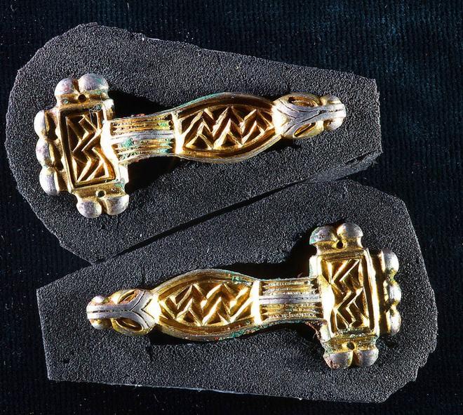 Thêm 80 hài cốt đầy vàng lộ ra ở mộ cổ 6 người vợ hoàng tử - Ảnh 1.