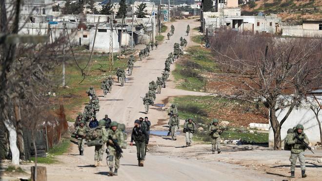 Nga mang cơn thịnh nộ đến Syria, Thổ Nhì Kỹ bỏ chạy hay đối đầu? - Ảnh 2.