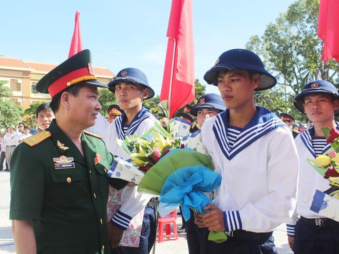 Đất mẹ Quảng Bình khóc thương tướng Nguyễn Văn Man - Ảnh 1.