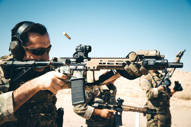 Những vũ khí mà lính đặc nhiệm Mỹ sẽ không bao giờ để ở nhà khi đi chiến đấu - Ảnh 1.