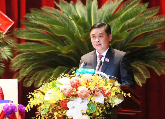 Thủ tướng Nguyễn Xuân Phúc dự khai mạc Đại hội Đảng bộ tỉnh Nghệ An - Ảnh 2.