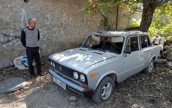Azerbaijan phản ứng về video lính làm nhục và hành quyết tù binh Armenia - Ảnh 1.