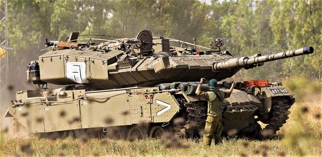 Pereh - Vũ khí tuyệt mật được ngụy trang hoàn hảo dưới dạng tăng M60 Patton - Ảnh 1.
