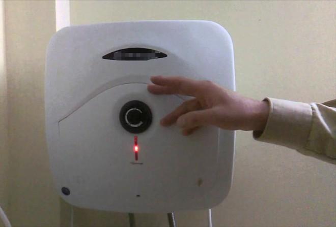 Mách bạn biện pháp chống rò điện cho bình nóng lạnh - Ảnh 3.