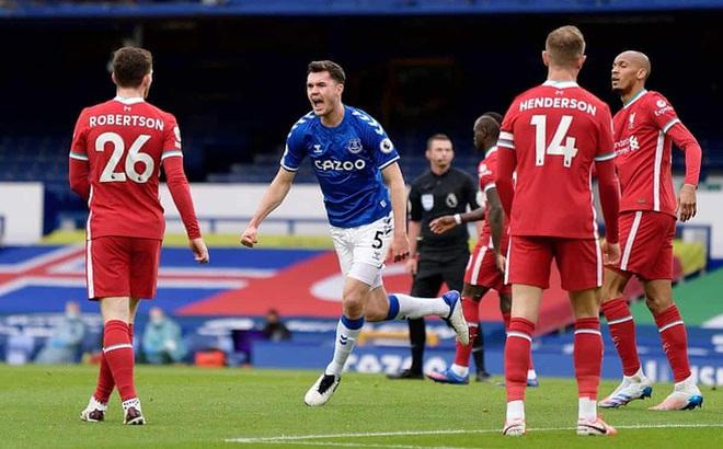 Bị từ chối bàn thắng phút 90+2, Liverpool rơi điểm ở trận derby nghẹt thở