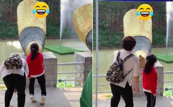 """Trò chơi bá đạo ở một công viên nước Trung Quốc: Chỉ cần đứng la làng cũng thu về 40 triệu views, dân mạng xem xong đều """"cười sảng"""""""