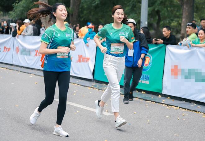 Hoa hậu Mai Phương Thúy nổi bật trên đường chạy - Ảnh 6.