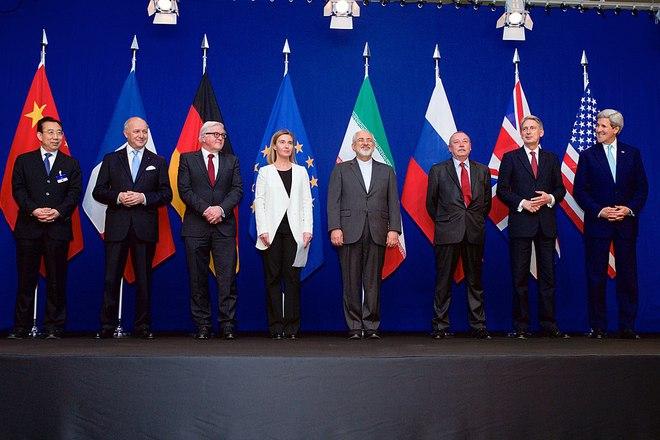 Cơn ác mộng của Mỹ đã thành sự thật: Iran đại thắng, 4 kiệt tác vũ khí Nga sắp về tay - Ảnh 1.