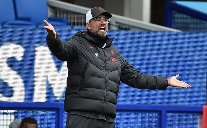 Liverpool gửi thư xem xét VAR lên BTC giải ngoại hạng Anh