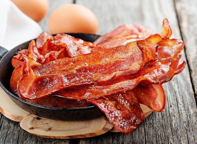 Chuyên gia dinh dưỡng nổi tiếng của Mỹ mách 4 loại thực phẩm đàn ông ngoài 50 cần tránh xa - Ảnh 4.