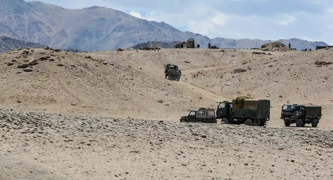 Lính Trung Quốc xâm nhập biên giới, lập tức bị Quân đội Ấn Độ bắt giữ - Ảnh 1.